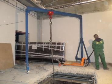Разгрузка и монтаж оборудования для химчистки