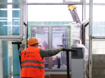 Монтаж установки для приварки силовых выводов