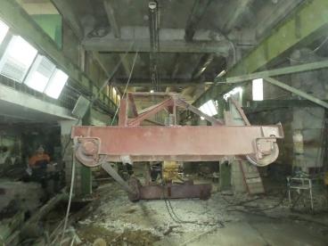 Демонтирование крановых балок в институте МИСИС