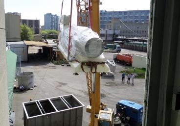 Занос оборудования через оконные проёмы
