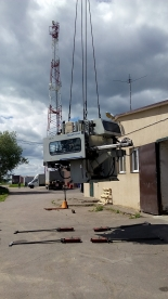 28-тонная производственная линия успешно разгружена и доставлена в цех