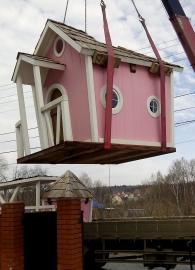 Краном манипулятором грузим детский домик